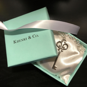 Tiffany-themed-Tiffany-inspired-key-Khenri-DIY
