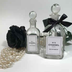khenri-chanel-perfume-bottle